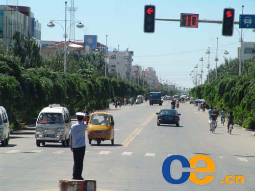 兴安盟突泉县2014年提前启动通村公路建设项目